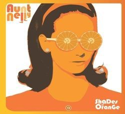 Cover AUNT NELLY, shades of orange