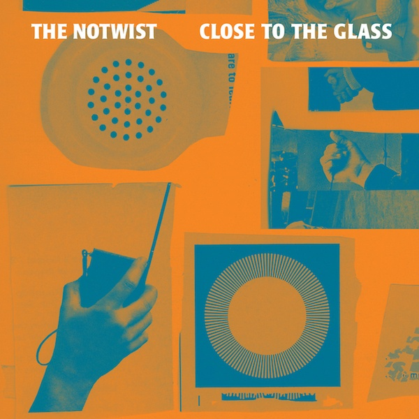 Cover NOTWIST, close to the glass