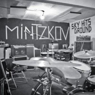 Cover MINTZKOV, sky hits ground