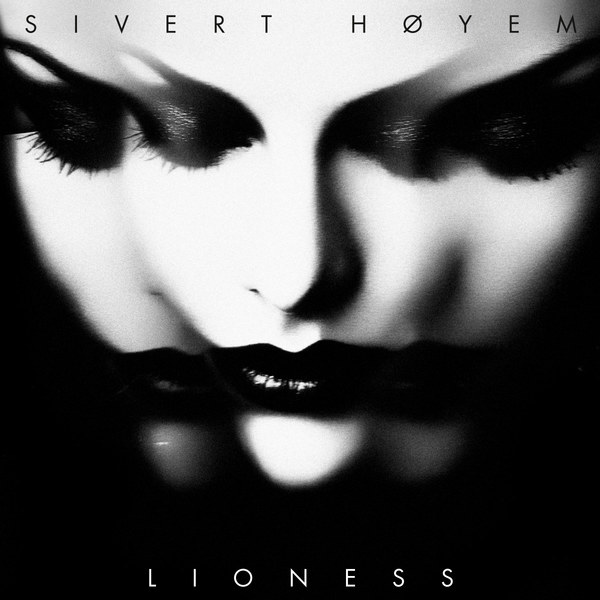 Cover SIVERT HÖYEM, lioness