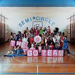 Cover GO TEAM, semicircle