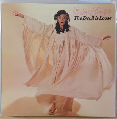 Cover ASHA PUTHLI, the devil is loose (USED)
