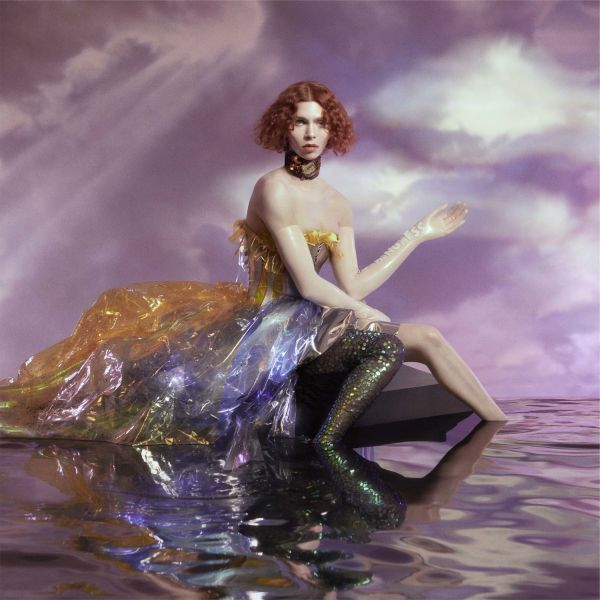 SOPHIE, oil of every pearl´s un-insides cover