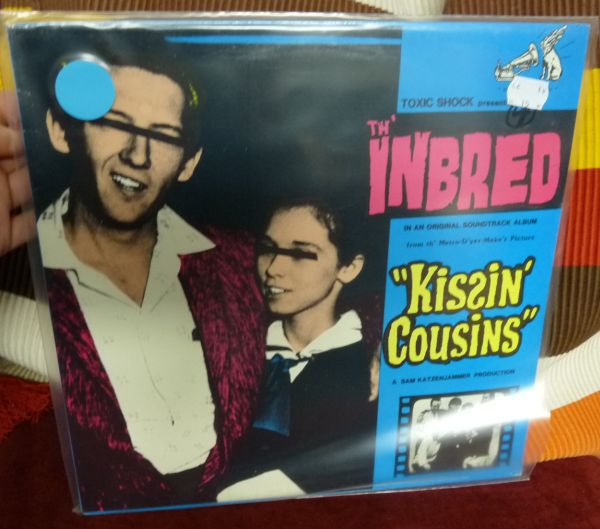 Cover TH´ INBRED, kissin´ cousins (USED)
