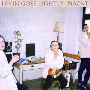 LEVIN GOES LIGHTLY, nackt cover