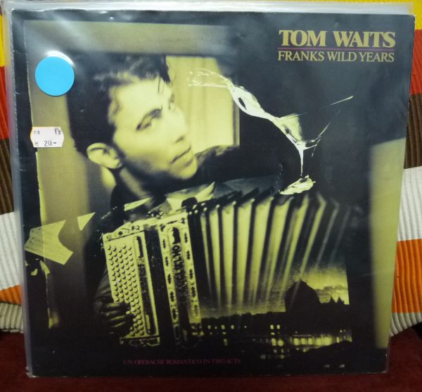 Cover TOM WAITS, franks wild years (USED)