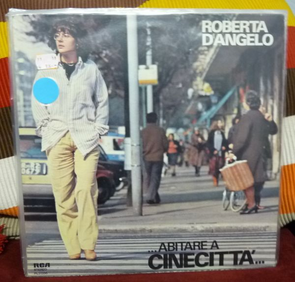 ROBERTA D´ANGELO, ...abitare a cinecitta...(USED) cover